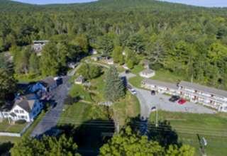 The Camp at Bay Leaf Cottages