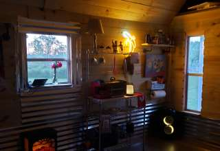 Lucky H&W Farm Hatchery Cabin