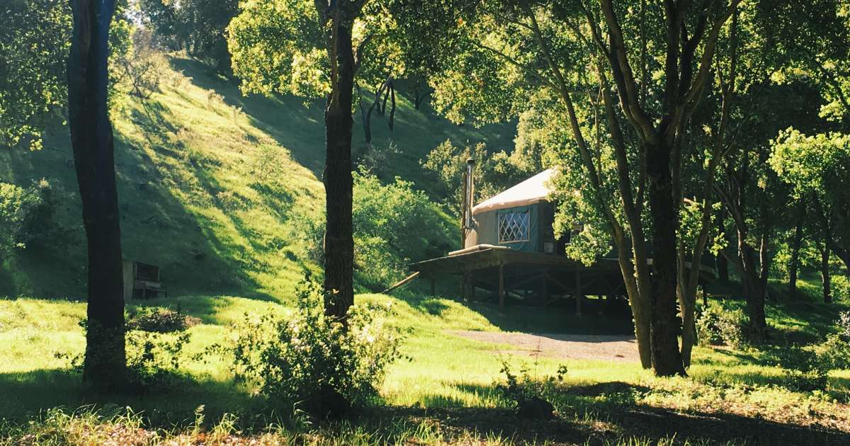 Epic Romantic Yurt Retreat, Glorious, Private, Nature ...