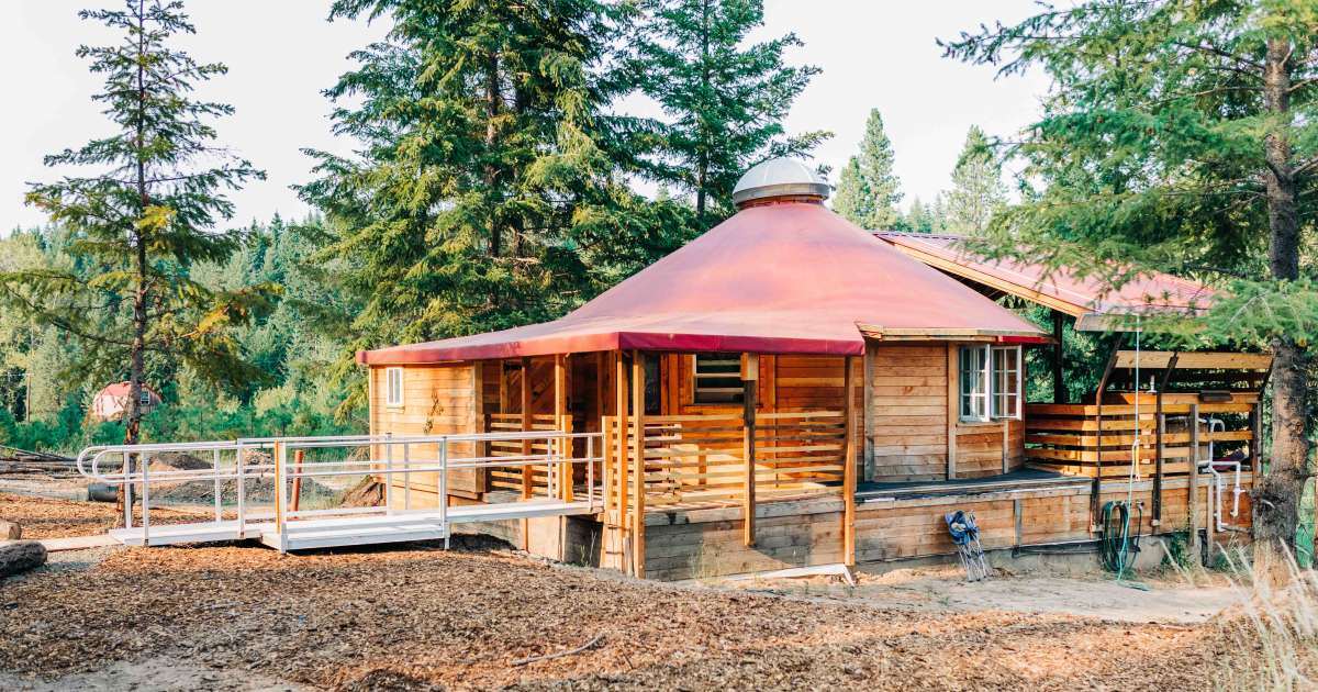 Romantic Luxury Wilderness Yurt, Tree House Tranquil A ...