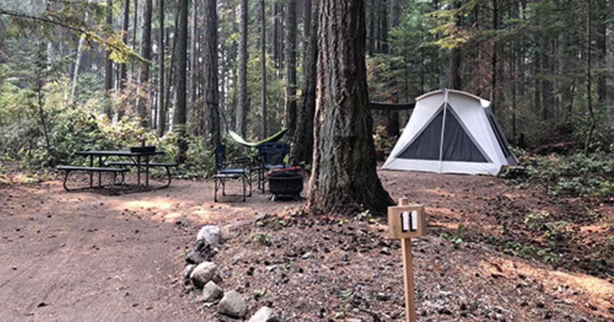 Luxury Camping In A Kodiak Tent, Mount Baker Farm ...
