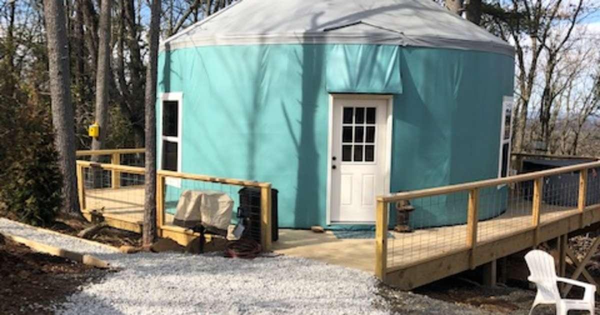 Spacious Yurt On Brpw W/ Hot Tub, Yurts On The Blue Ridge ...