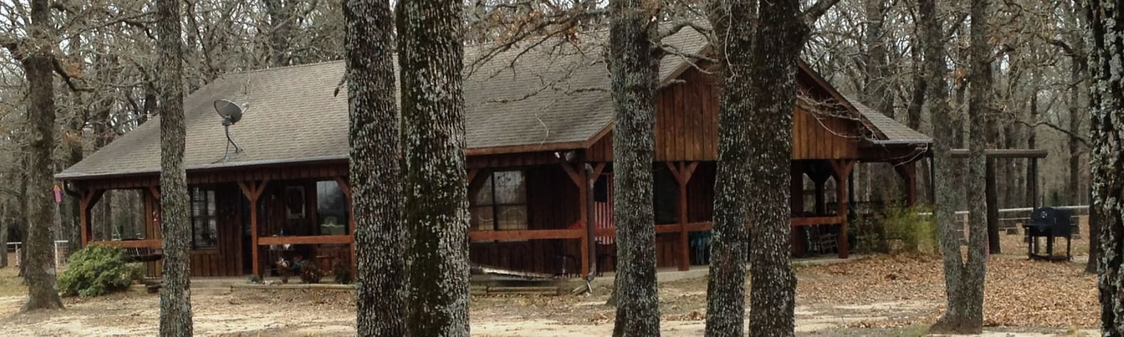 Cabin on a pond (on a ranch!)