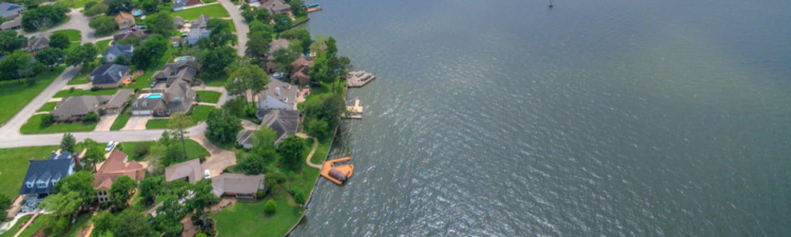 Lake Conroe Bay Hideaway