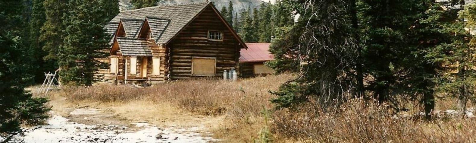 Skoki Ski Lodge National Historic Site