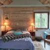 Goat Farm Tiny House-Hot tub & AC!
