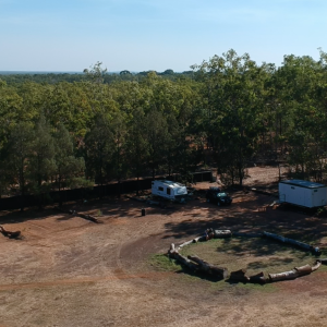 Ultimate Top End Spot with Glamping and Camping!