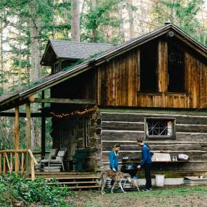 Rustic Cabin in 10 Acre Forest