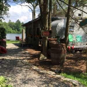 Vintage camper, wifi & firepit