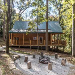 Hocking Hills Cabins & Resort