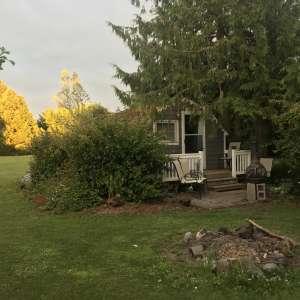Cottage near the Strait