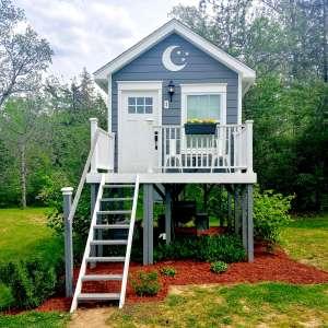 Gorgeous Treehouse & Campsite