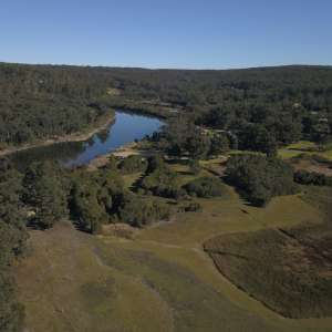 Nowa Nowa Lakeside Farmlet.