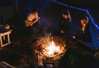 Campfire hangs, pt. II.