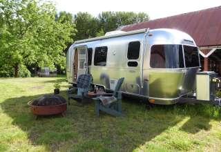 Cool Airstream Farm Escape