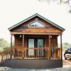 Al's Hideaway Log Cabins