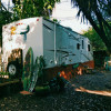 "RV ""The LOVE SHACK"""