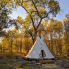 Tipi camping with Shower House