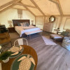 Lake Glamping tent with A/C CAREYES
